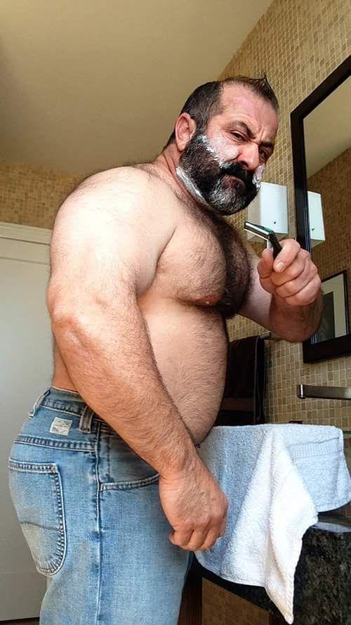 Shaving daddy bear