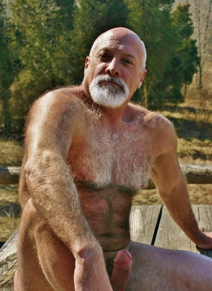 Hairy Daddy Bear Men Naked